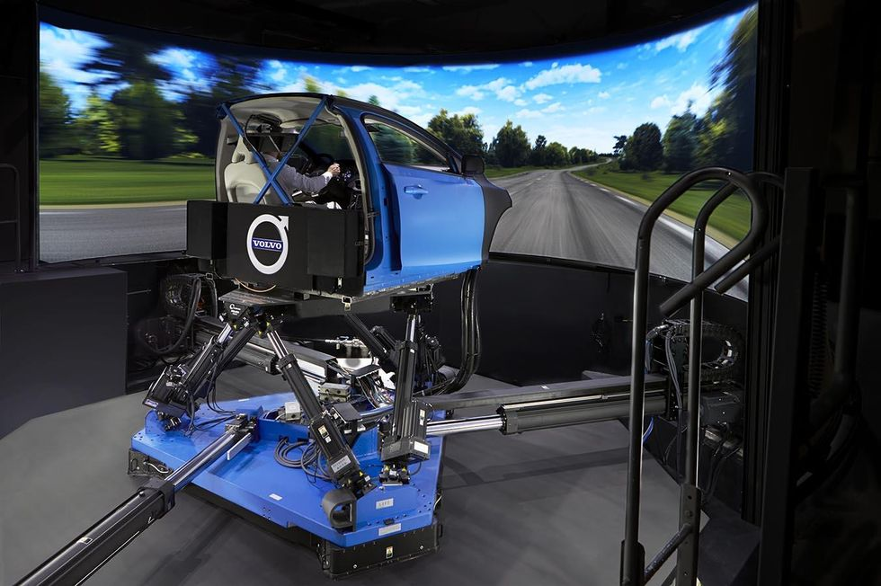 Simulator – right side.jpg