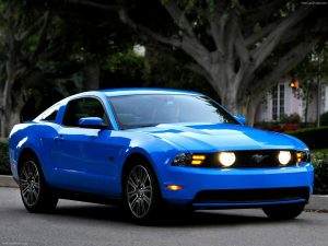 ford-mustang-2010-1600-01